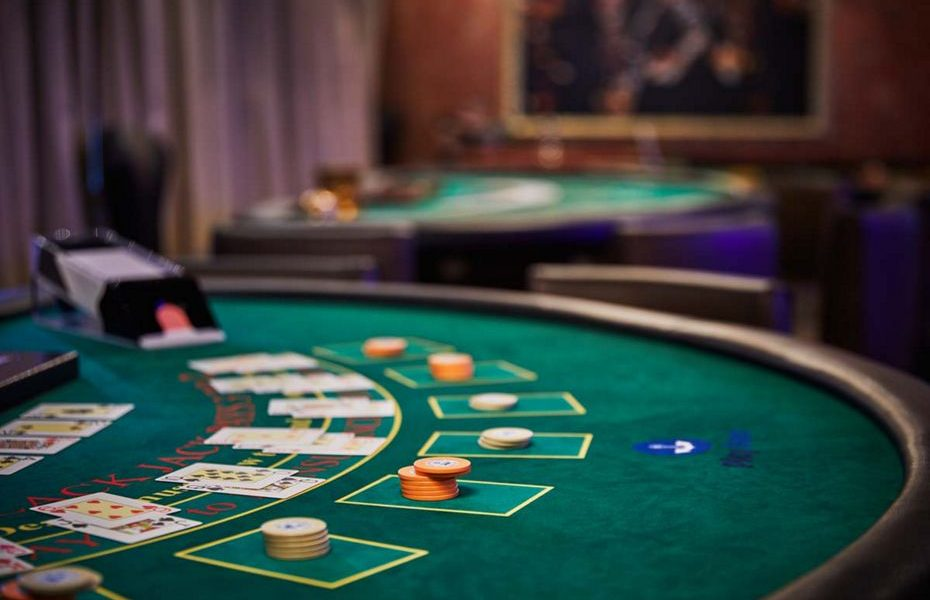 Instant Solutions To Online Casino In Step By Step Element